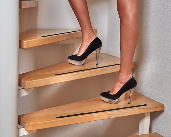 anti rutsch streifen f r treppen und stufen selbstklebend schwarz 18 st ck ebay. Black Bedroom Furniture Sets. Home Design Ideas